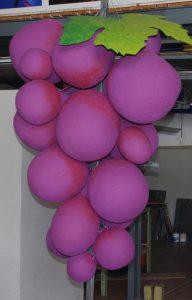 Uvas em esferovite